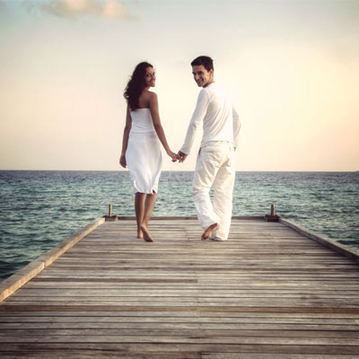 We Met Online Indias Love Story Is Now Mobile